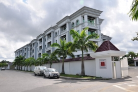 Bayshore Park Apartment - 3 Bedrooms
